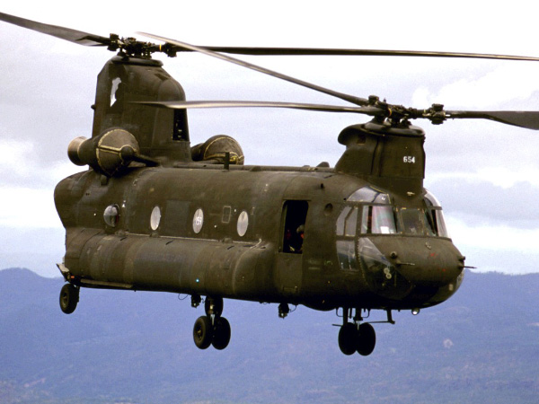 CH47-1a Chinook Helicopter