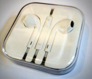 Apple earpods in the amazing great case