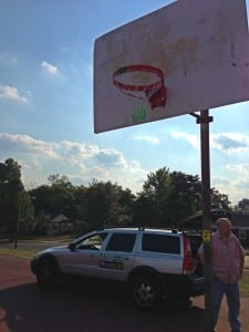 David Esrati hangs rims at Princeton Rec