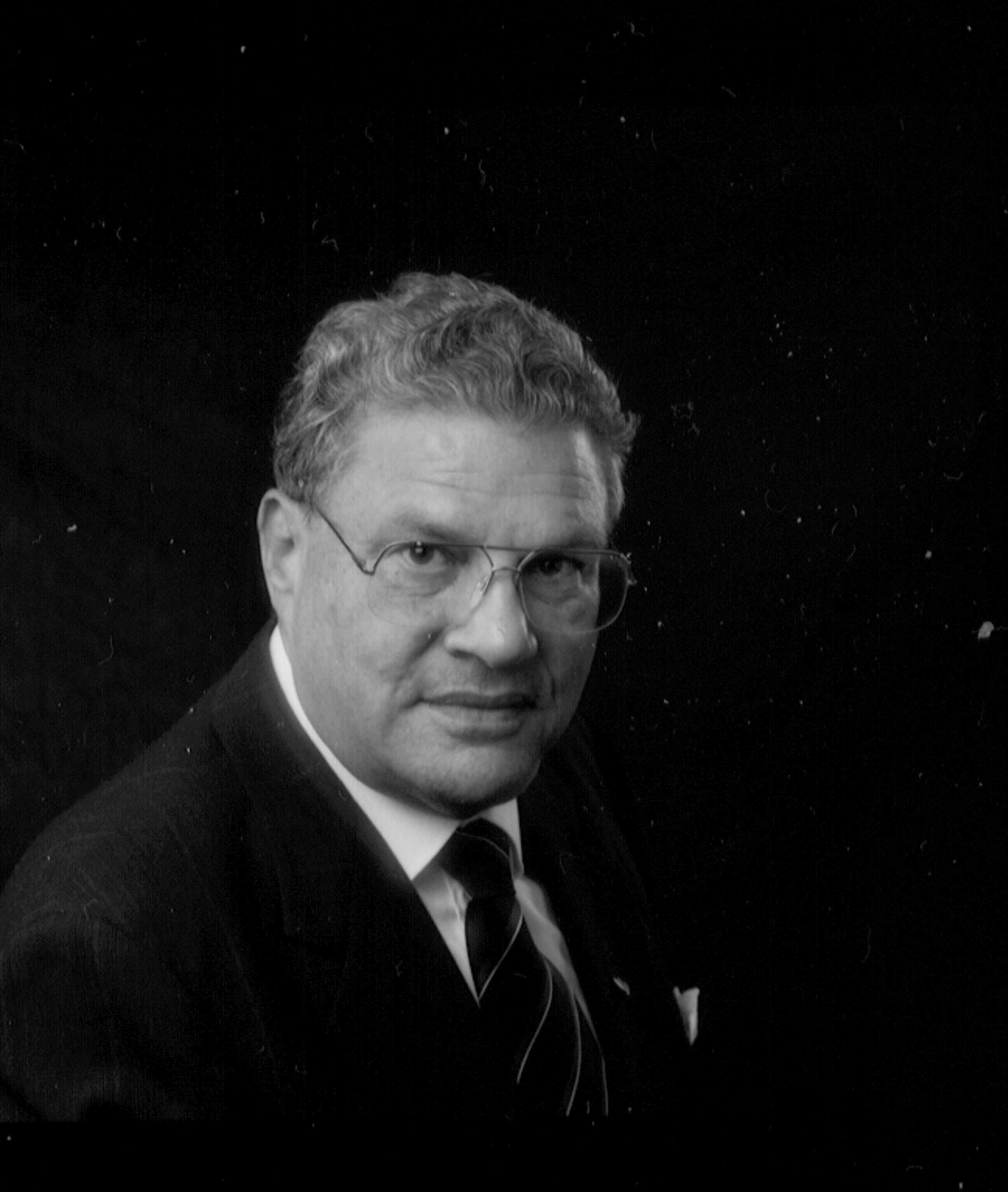Stephen G. Esrati